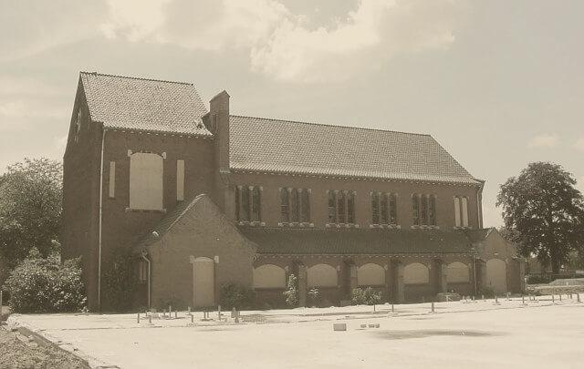 Aanbouw sporthal Kloosterhof